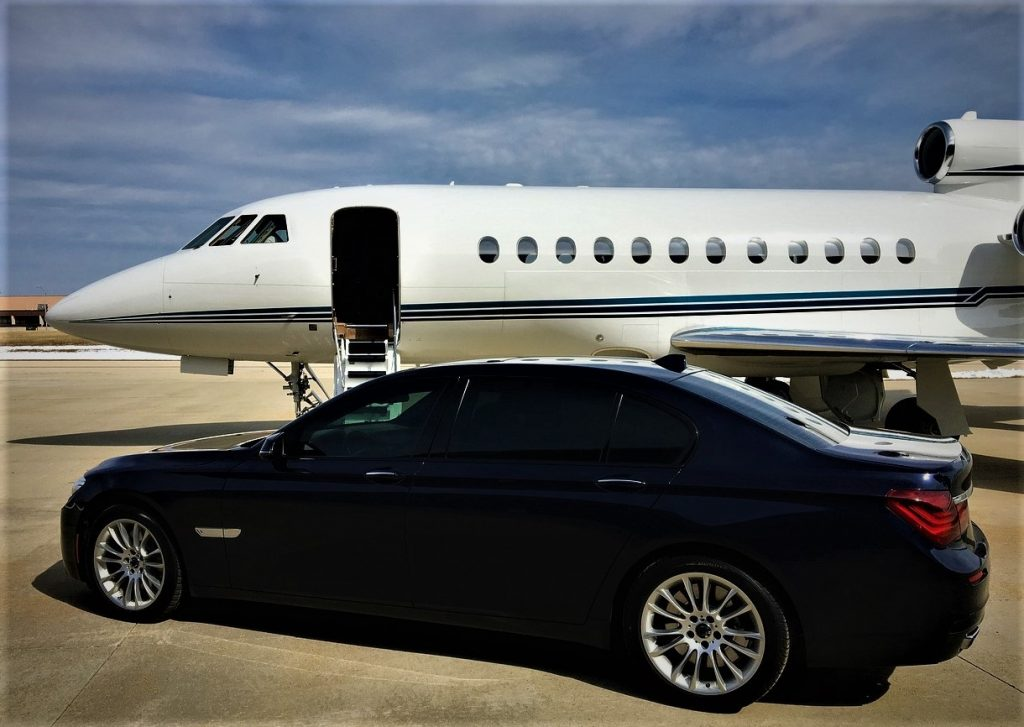 Luxury Transports | Bus & Coaches | Limousines | Yachts | Private Jets